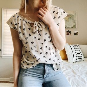 + VINTAGE STYLE BOW TOP +